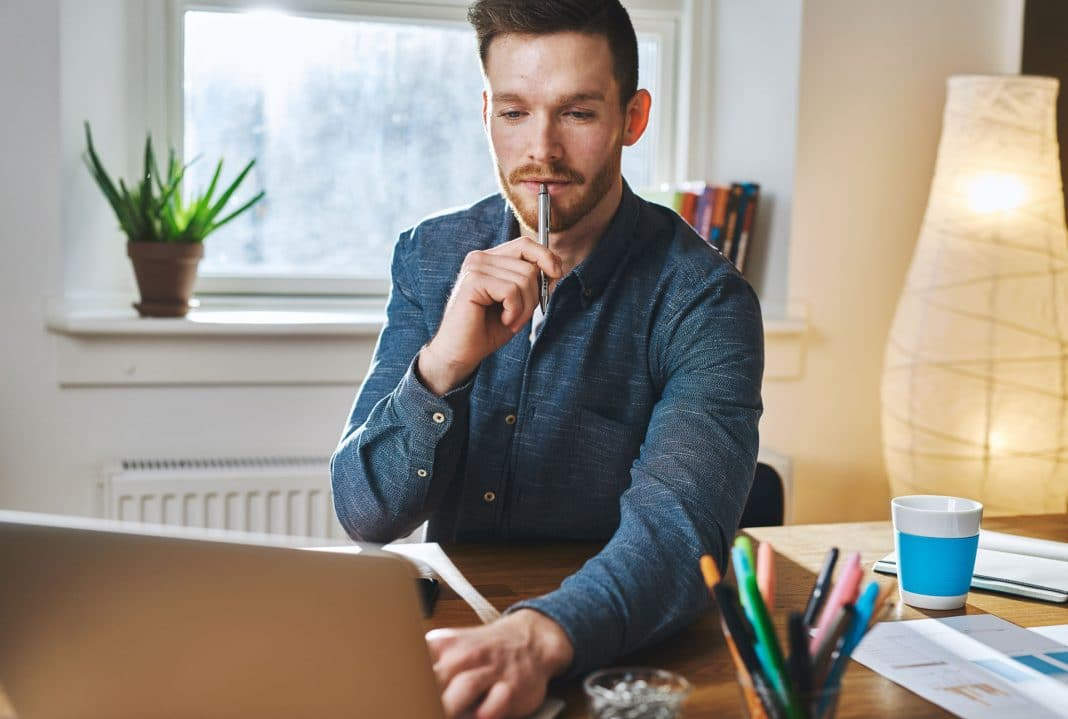 Az egyéni vállalkozás folyamatos gazdasági, üzleti tevékenységet végző magánszemély, aki kéri vállalkozói nyilvántartásba vételét.