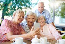 nyugdíjas vállalkozók és munkavállalók adómentessége